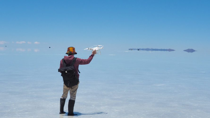 ウユニ塩湖でドローンを飛ばすときに注意すべきこと